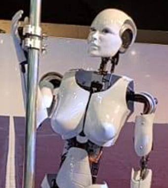"Elettre"" de paaldansende Robot"